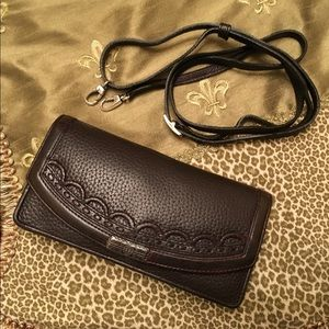 BRIGHTON dark brown clutch crossbody wallet